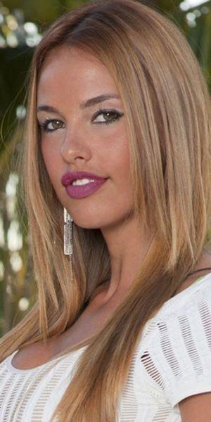 Vanessa lawrens Nude Photos 26