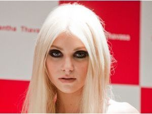 Mode : Taylor Momsen signe un contrat avec Next Model Management !