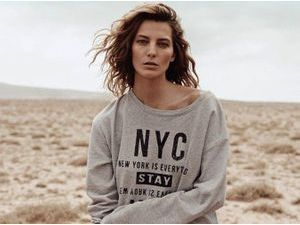 Mode : Daria Werbowy : casual et sexy au Far West pour Mango !