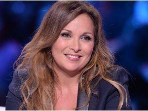 """Hélène Segara : """"Je suis partie à l'étranger pour cacher ma maladie"""""""