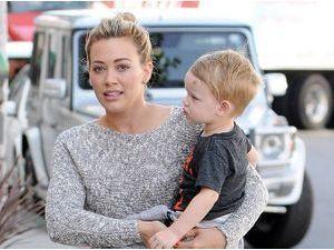 Photos : Hilary Duff et son petit Luca : duo canon à Hollywood !
