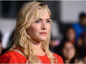 Photos : Kate Winslet : glamour et pulpeuse, elle dégaine l'artillerie lourde en rouge !