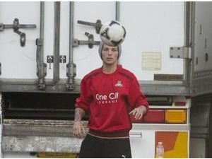 Photos : Louis Tomlinson : une reconversion dans le Football?