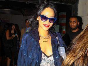 Photos : Rihanna : ultra sexy pour trouver l'appartement de ses rêves elle recycle le short en jean !